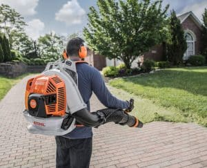 The Stihl BR 800 C-E MAGNUM® in use